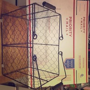 Other - Chicken wire like basket!